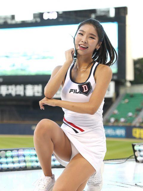 チアリーダーの韓国まんさん、世界トップクラスのボディーだと話題にwwwwww・2枚目