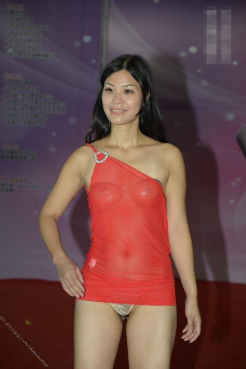 中国の下着モデルさん、マンコはみ出てもモーマンタイwwwwwww・19枚目