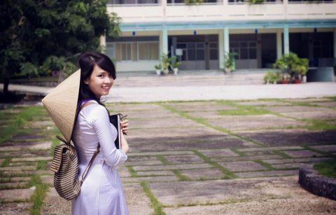 ベトナム行ったら一発でヤラれちゃうアオザイ美女たちの画像集(83枚)・31枚目