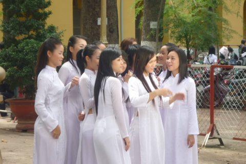 ベトナム行ったら一発でヤラれちゃうアオザイ美女たちの画像集(83枚)・32枚目