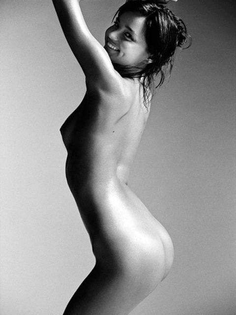 ヌードデッサンとかいう芸術という名のエロがこちら。。美大サイコーやろwwwww・82枚目