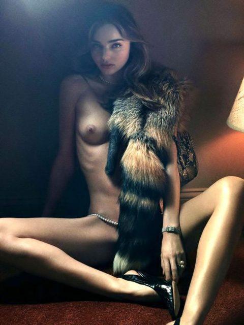 ヌードデッサンとかいう芸術という名のエロがこちら。。美大サイコーやろwwwww・39枚目