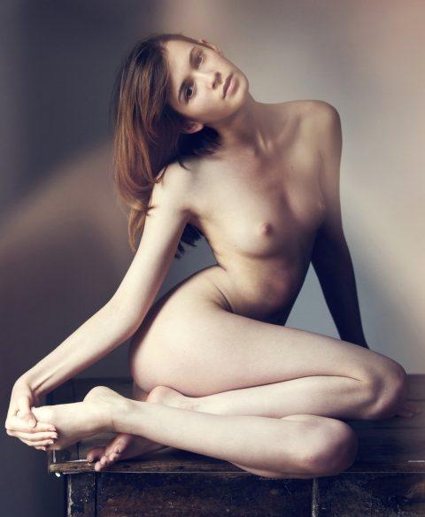 ヌードモデルのエロ画像集。「思ったより恥ずかしい…」って表情がいいwwwwww(148枚)・64枚目