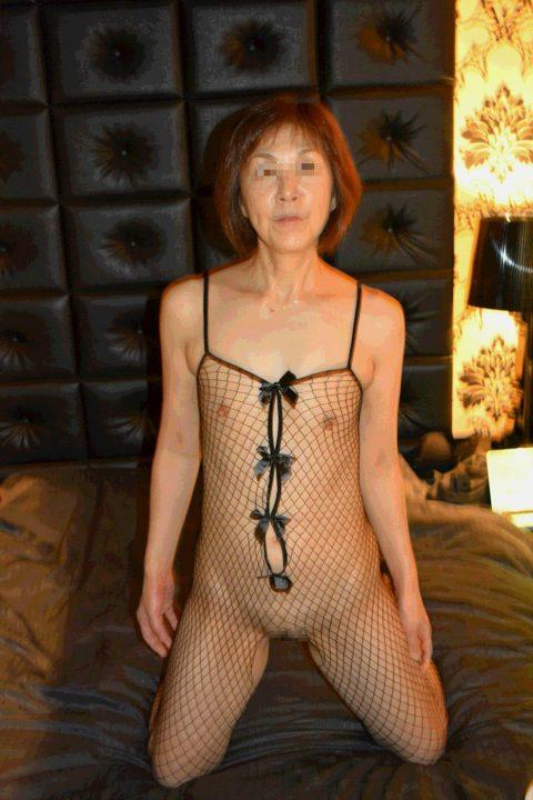 【熟女セックス】色々垂れ下がったBBAのガチハメエロ画像集。。(159枚)・129枚目