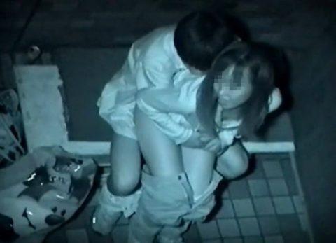 【青姦】金無しバカップル外でヤッてしっかり撮影されるwwwww(146枚)・62枚目