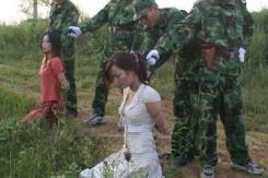 【※極刑】残虐極まりない処刑で殺された女性たち、一体何をしたんだ・・・(画像あり)