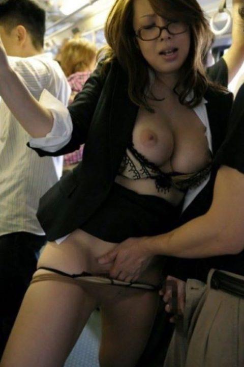 【JK痴漢】通勤電車でJK見てムラムラしてるやつはこれ見て我慢しとけwwwwww(124枚)・56枚目